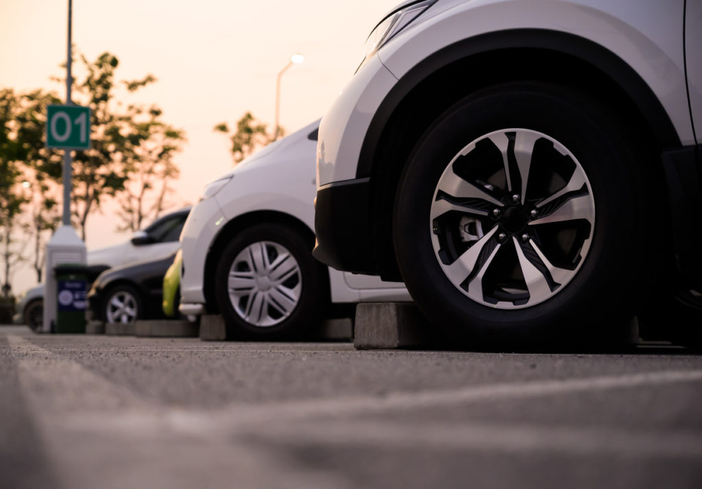 electric car charging stations costs
